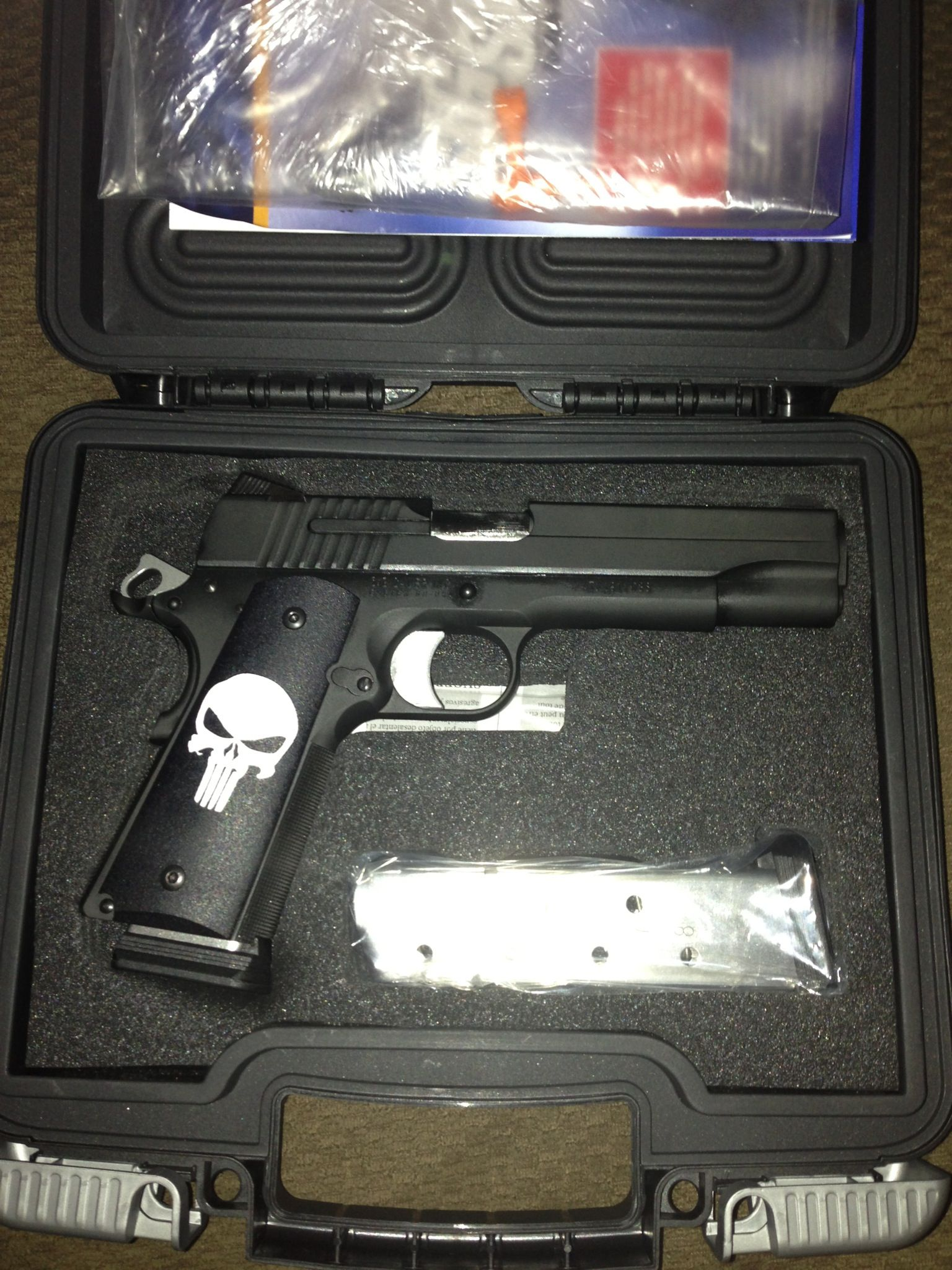 Sig Sauer 1911 45cal w/punisher grips Find our speedloader now ...