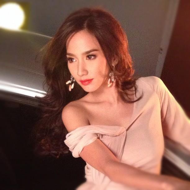 Photo nude thailand actres model