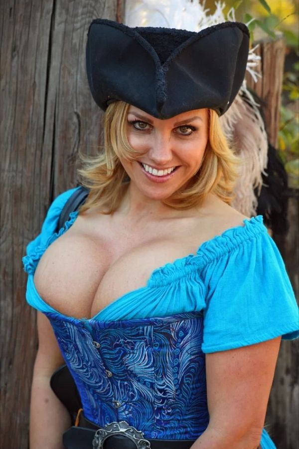 busty Corset wench