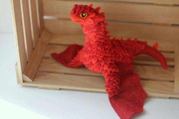 Dragon peluches