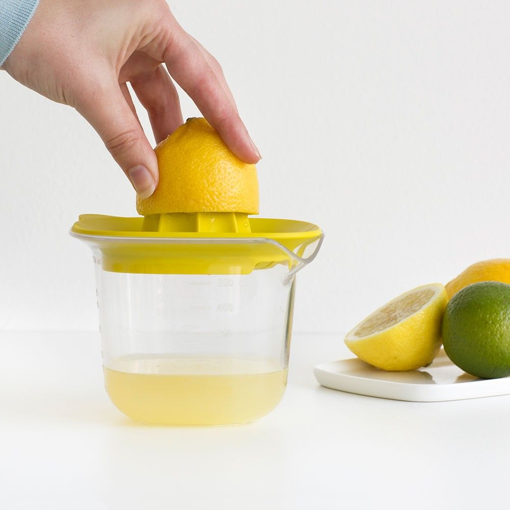 Measuring Jug with Juicer - Yellow - ... | Brabantia