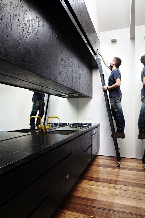 black osb kitchen fronts cuisine sympa en noir aussi inspiration maison lescours. Black Bedroom Furniture Sets. Home Design Ideas