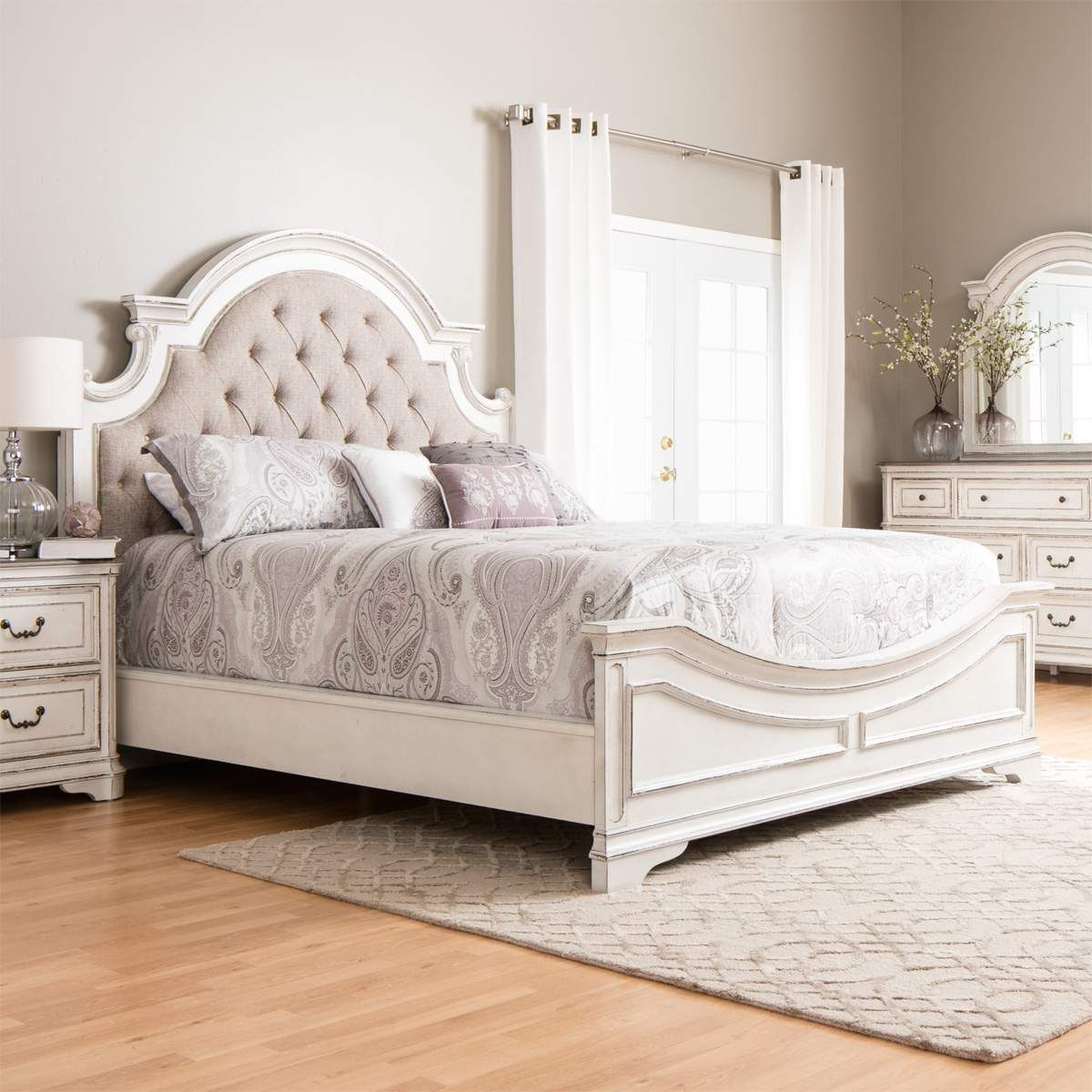 Savannah Antique White Queen Bed Dresser Mirror Nightstand