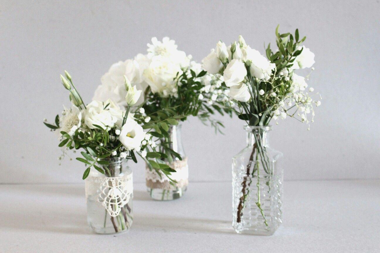 Centre De Table Vintage Fleurs Blanches Dans Pots Vintage Chines