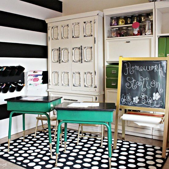 DIY Homework and Art Station (via Classy Clutter)