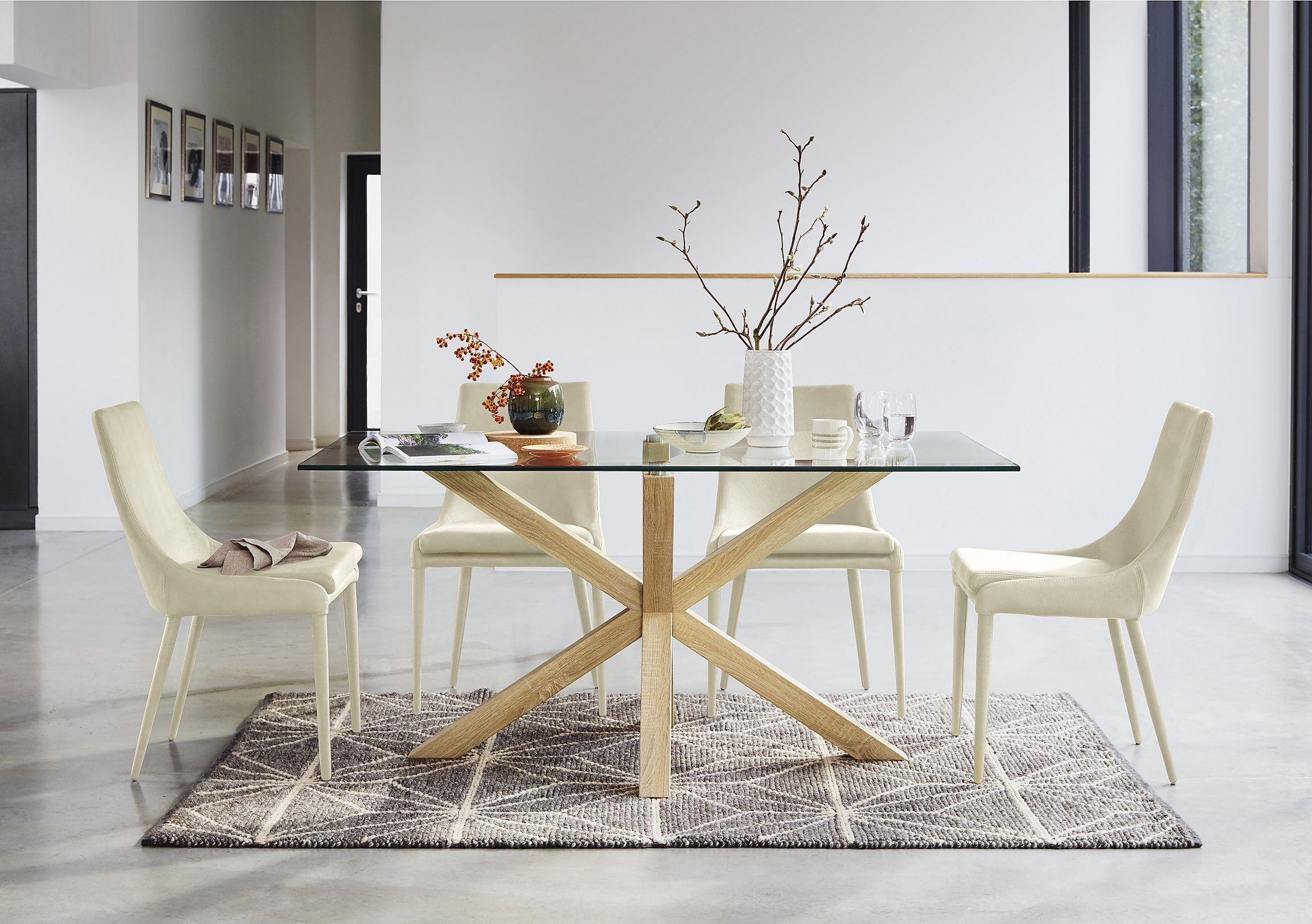 Ultramodern Glass Topped Dining Table Seats Mm Clear Tempered - Ultra modern glass dining table