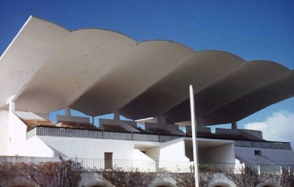 Not Pc Zarzuela Hippodrome Eduardo Torroja 1935 Concrete Roof Concrete Design Wooden Terrace