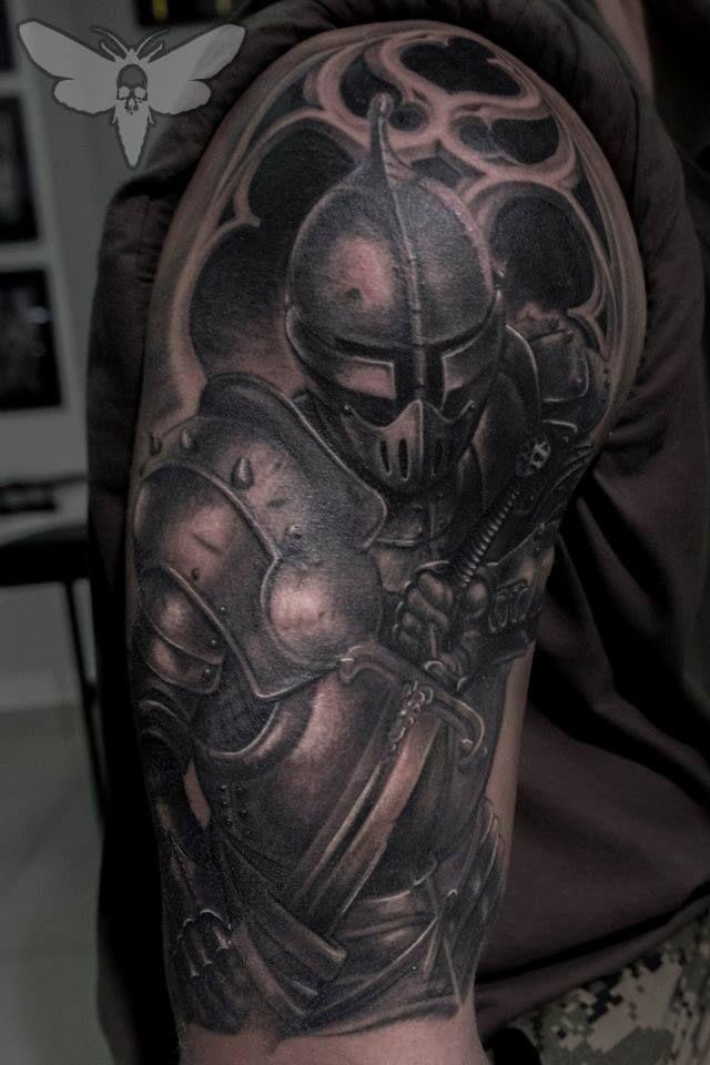 the dark knight tattoo a tattoo pinterest tattoo ideen tattoo vorlagen und t towierungen. Black Bedroom Furniture Sets. Home Design Ideas