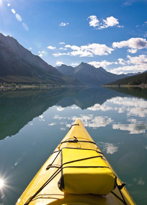 #Voyage au coeur des #montagnes...  #canoe #mountains #view #lake #adventure