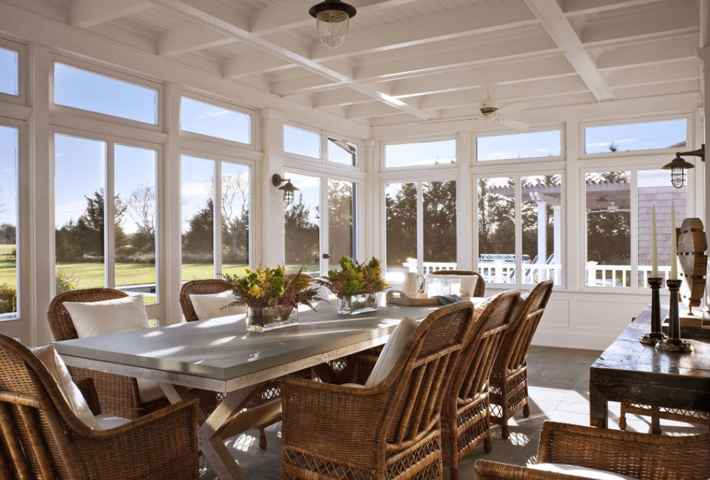 East hampton porch porch ideas pinterest east for Hamptons beach house interiors