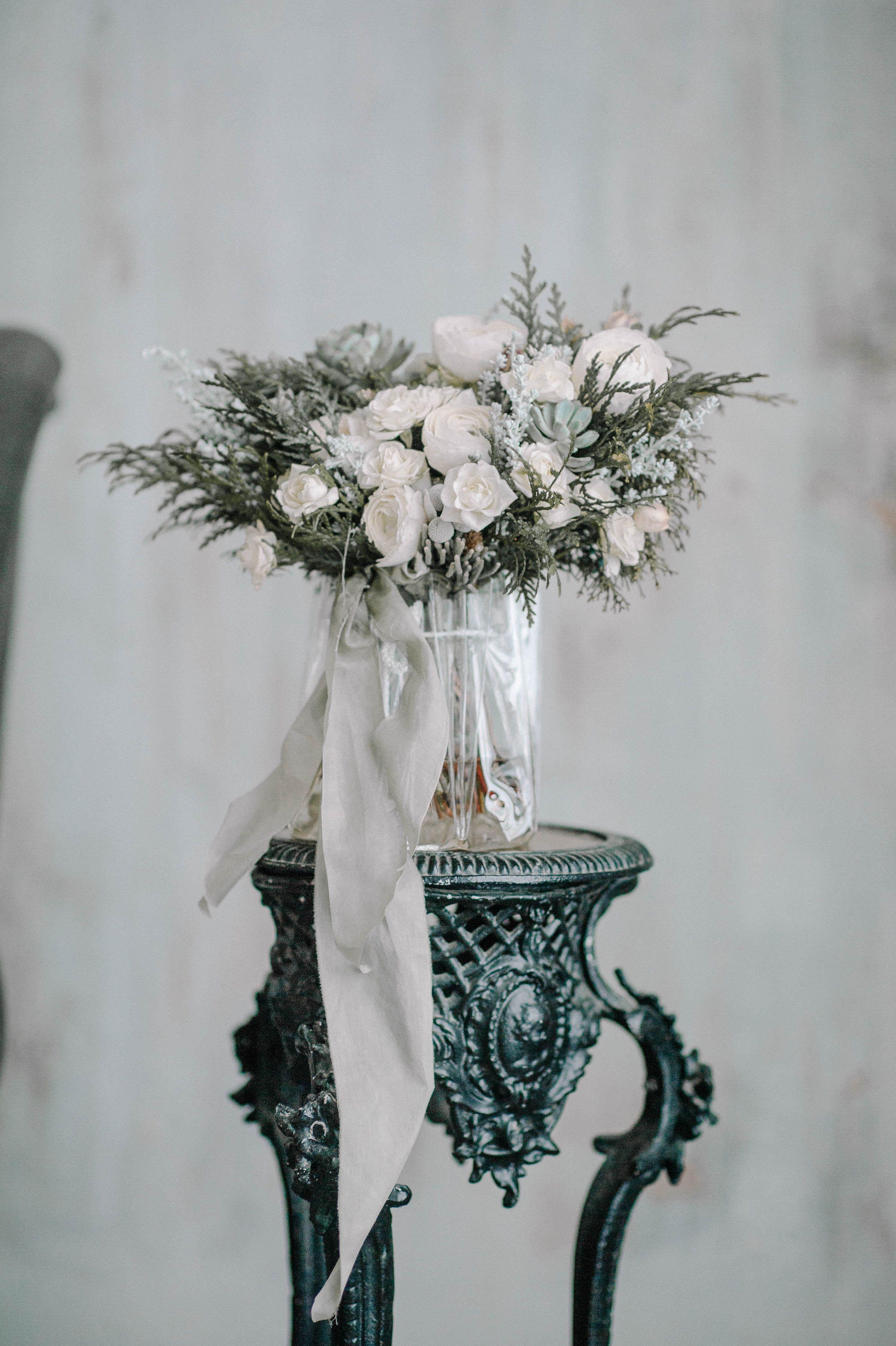 Fine art flowers by Kristina Khananeina Photograped by www