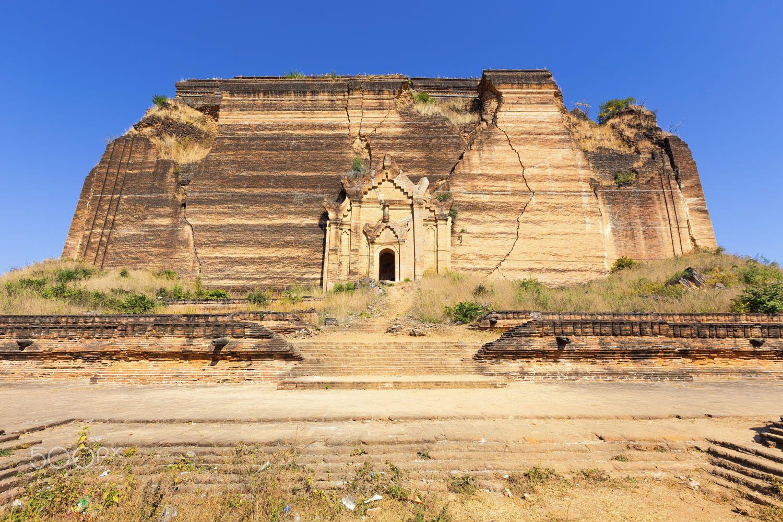 Ruined Pagoda In Mingun Paya Mantara Gyi Paya Reiseideen Altertumsgeschichte Geschichte