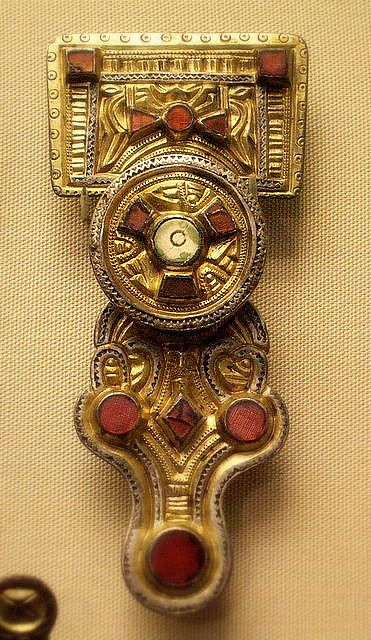 Anglo-Saxon Kentish brooch 6c .