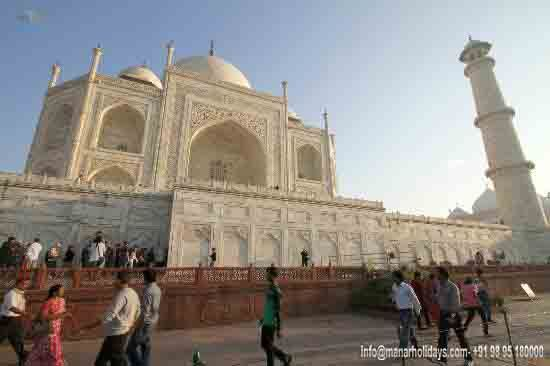 Base Of Thajmahal قاعدة تهاج محل محور تاج محل هو ضريح من الرخام الأبيض مثل معظم مقابر المغولية فإن العناصر ا Wonders Of The World Seven Wonders Taj Mahal