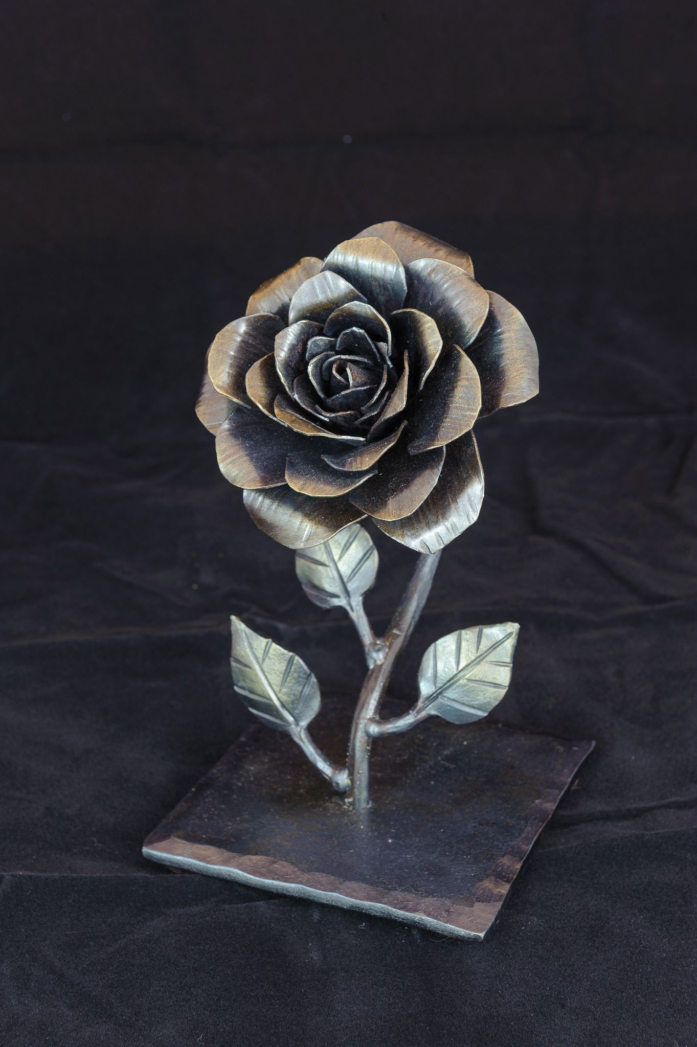 45 Joe Sitton Rose Welding art, Metal roses, Metal