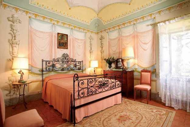 Wall Painting And Traditional Italian Bedroom Furniture. Canu0027t Quite Figure  Out The Treatment On The Windows.