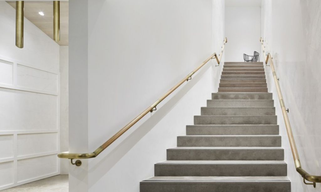 Best Tighten The Stair Handrails With Images Stairs Staircase Handrail Mim Design 400 x 300