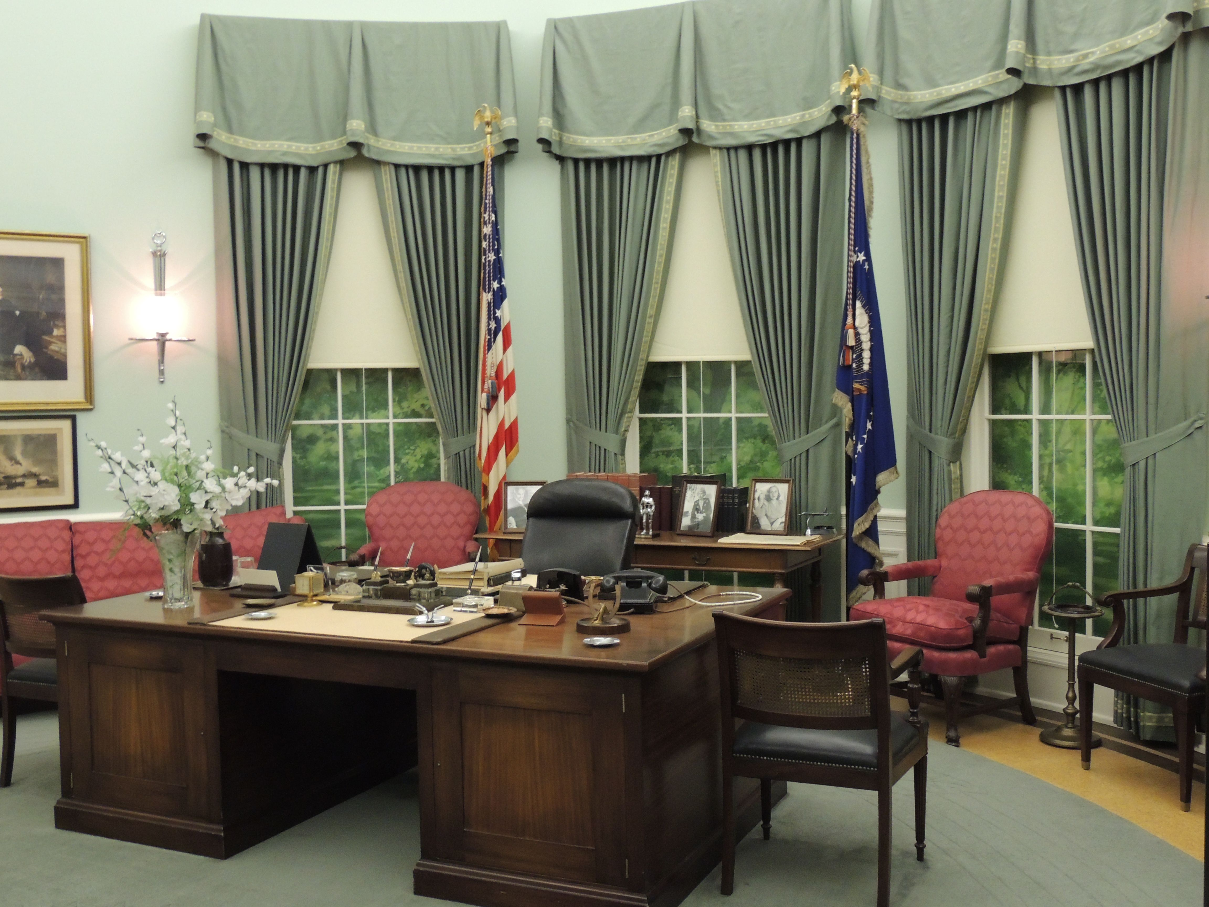 Harry S Truman Presidential Library And Museum Independence Missouri Oval Office During Truman S Term In Office Modern Design Pictures House Design Home