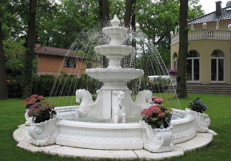Immer Wieder Schön Anzusehen   Ein SPRING Brunnen