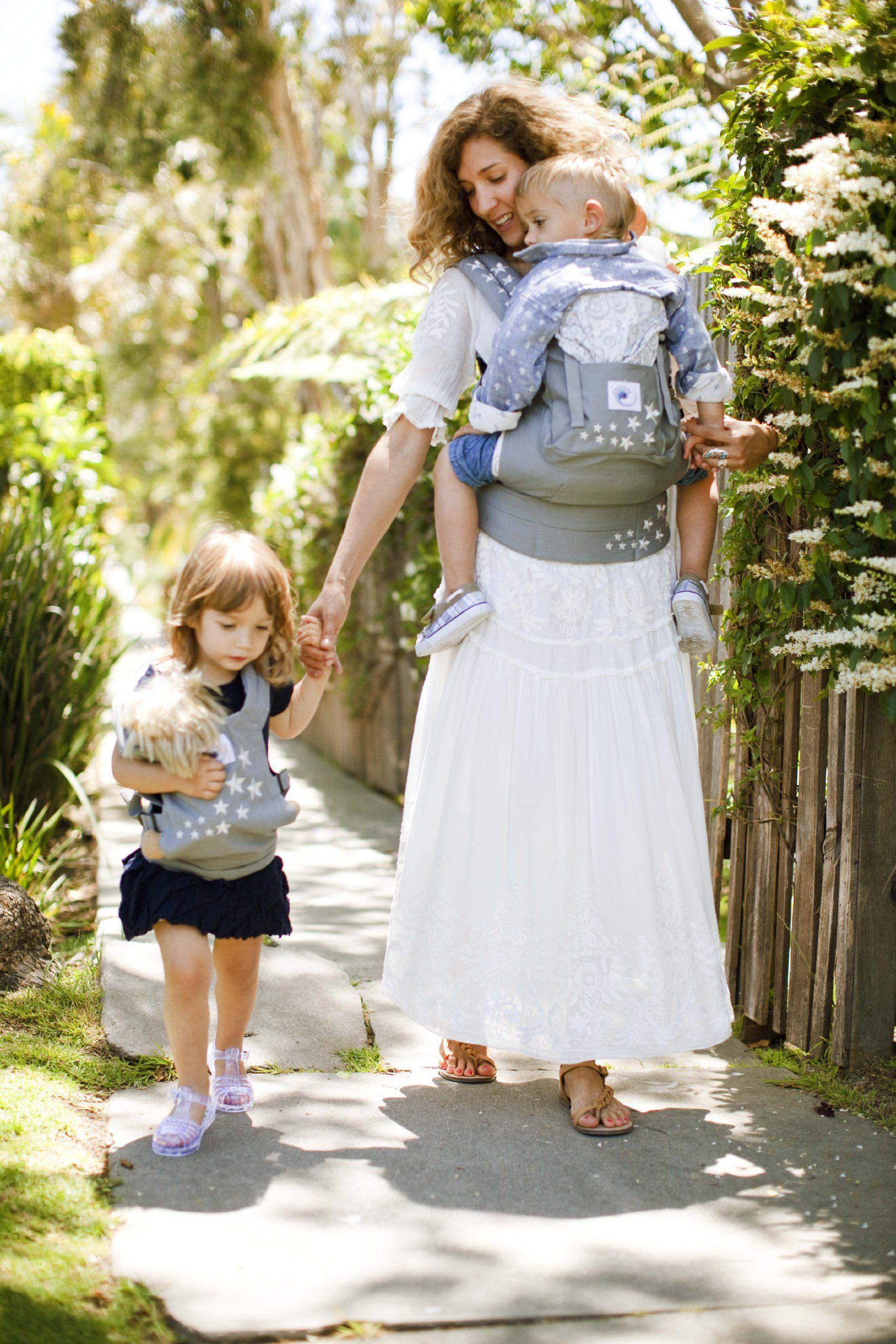 5030143144c Amazon.com   ERGObaby Original Doll Carrier