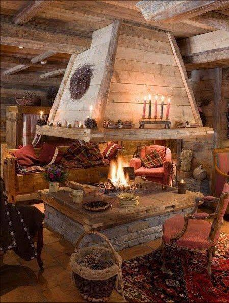 Open Fireplace In The Middle Of The Room Cabin Decor Rustic