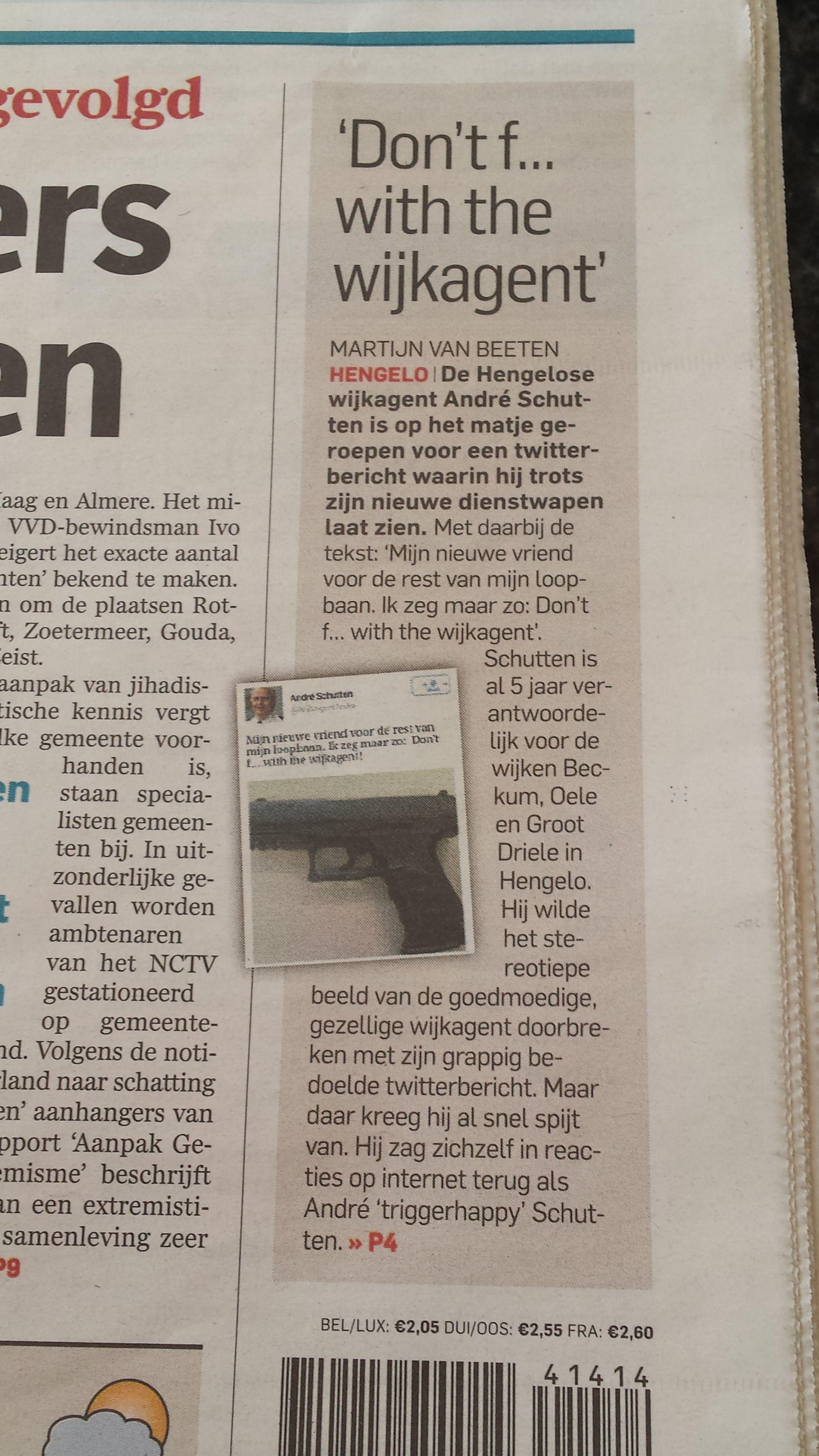 """Agent zet foto van zijn nieuwe """"vriendje"""" op twitter. Algemeen Dagblad 3 april 2014"""