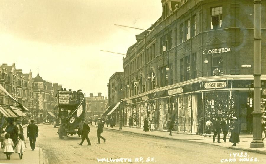 Walworth Road 1916 With Grose Brothers Department Store At The Junction With Sutherland Place London Photos Old London London Pictures