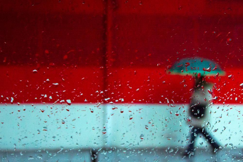 Drops of colour by Kapapuka Ibai
