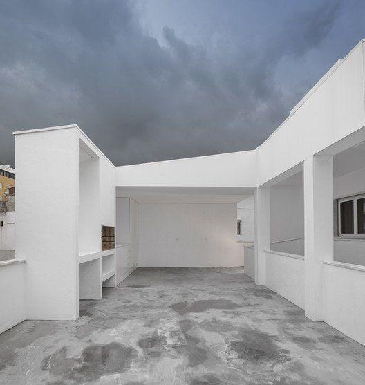 Costa House / João Tiago Aguiar Arquitectos https://t.co/Zwc5OeauN8 via PaigeStainless