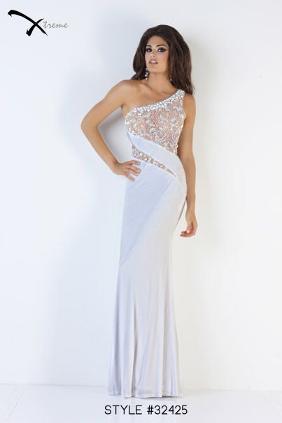 32425 White size 4 | Xcite/ Xtreme/ Disney Enchanted gowns in stock ...