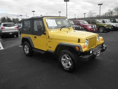 Pin by iSeeCars on Jeeps! Wranglers and more | Yellow jeep