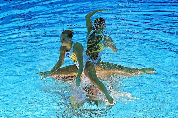 olympic synchronized swimming photos flipped upside down flippedsynchro4 mini