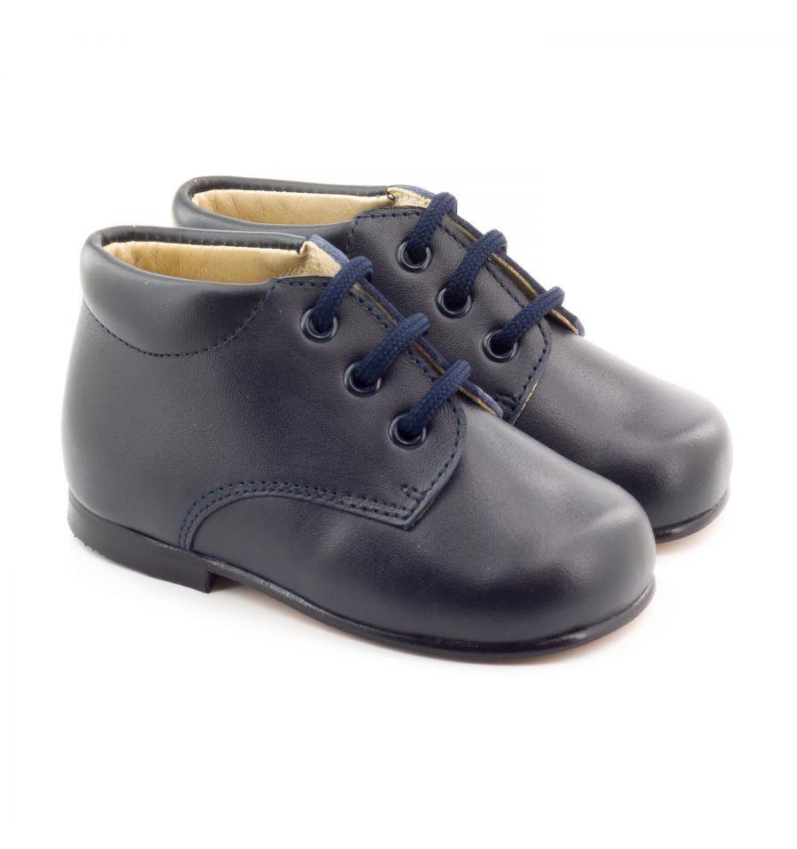 2d2cd55538e726 Les Boni New Baby sont de très jolie chaussure bébé premier pas blanches ou  bleu…