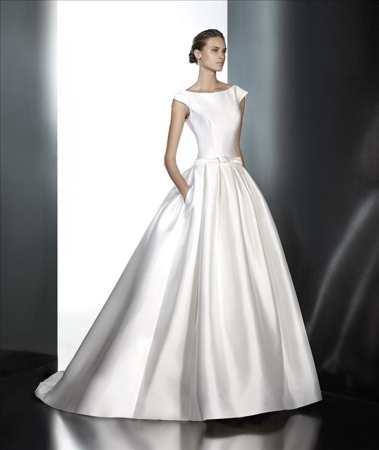 Premier Stockists Of Pronovias Wedding Dresses With A Vast Collection Samples To Try In Our Boutique And The Option Borrow Directly From