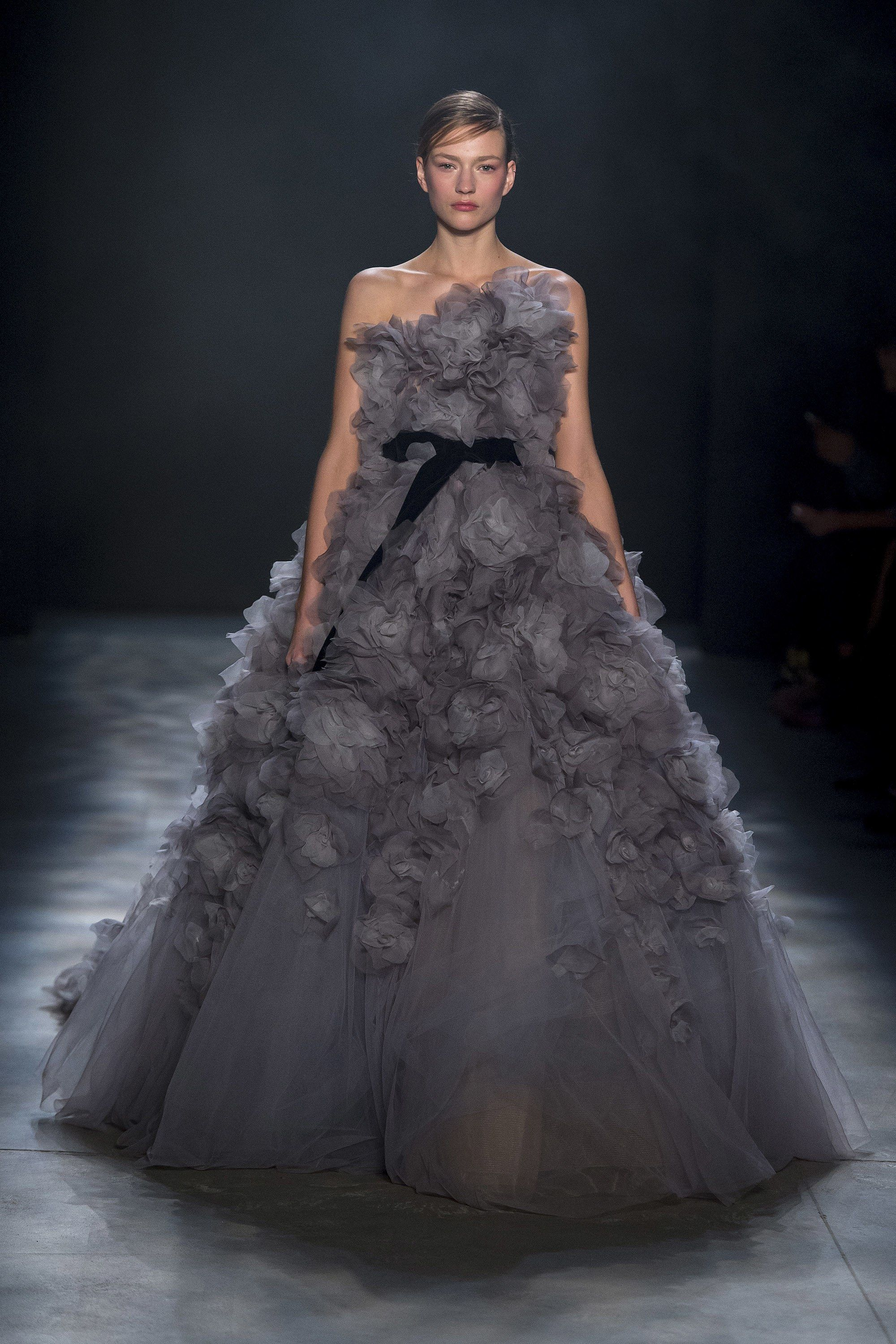 Marchesa Fall 2017 Ready To Wear Collection Photos   Vogue (scheduled Via  Http