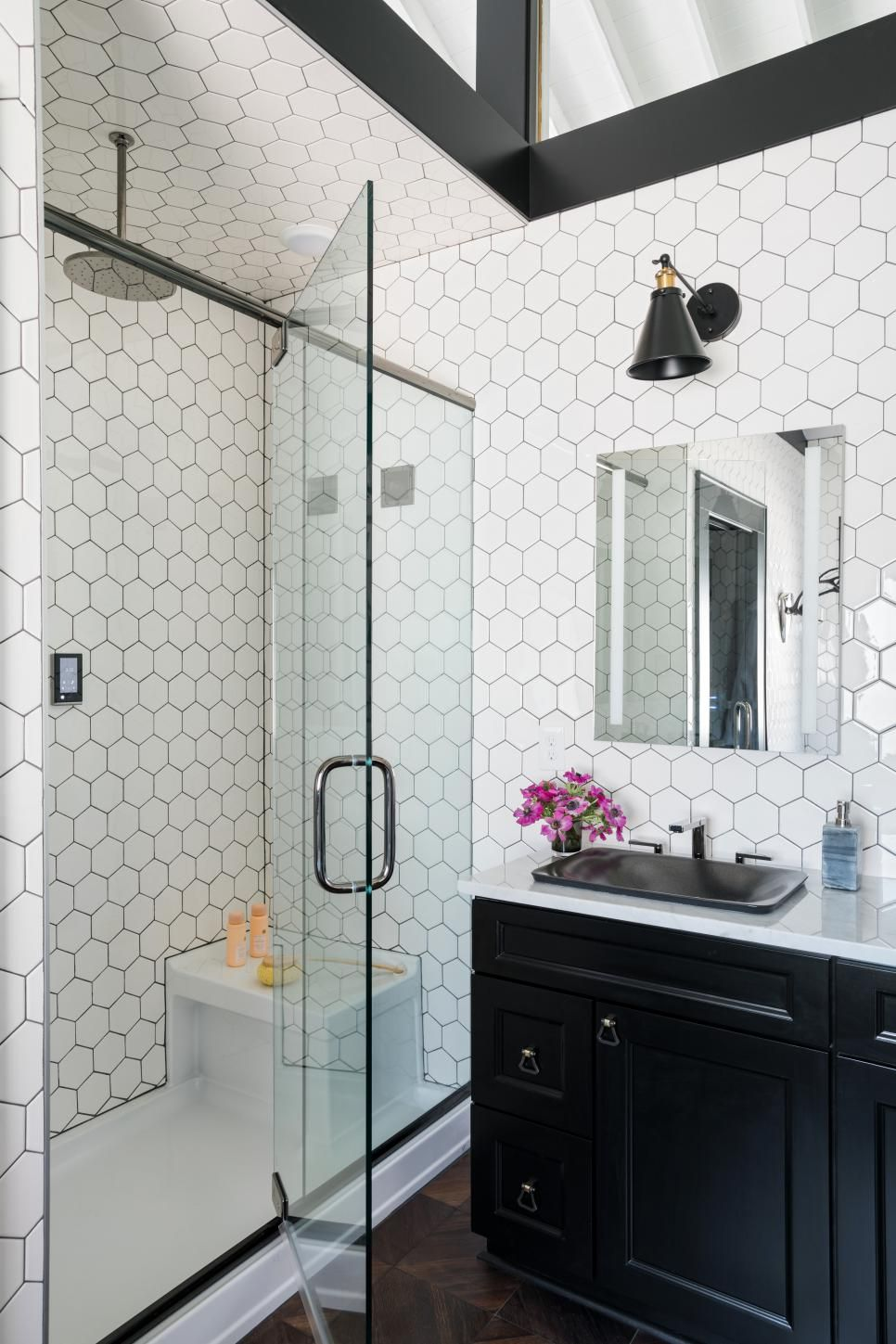 Master Bathroom Pictures From HGTV Urban Oasis 2017   Freestanding ...