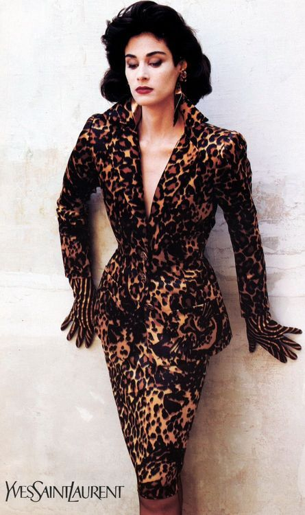 1986/87 - YSL couture leopard suit A Leaders print here keeps the garment still…
