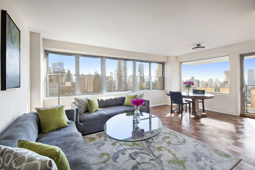 Breathtaking City, Park & River Views   New york city ...