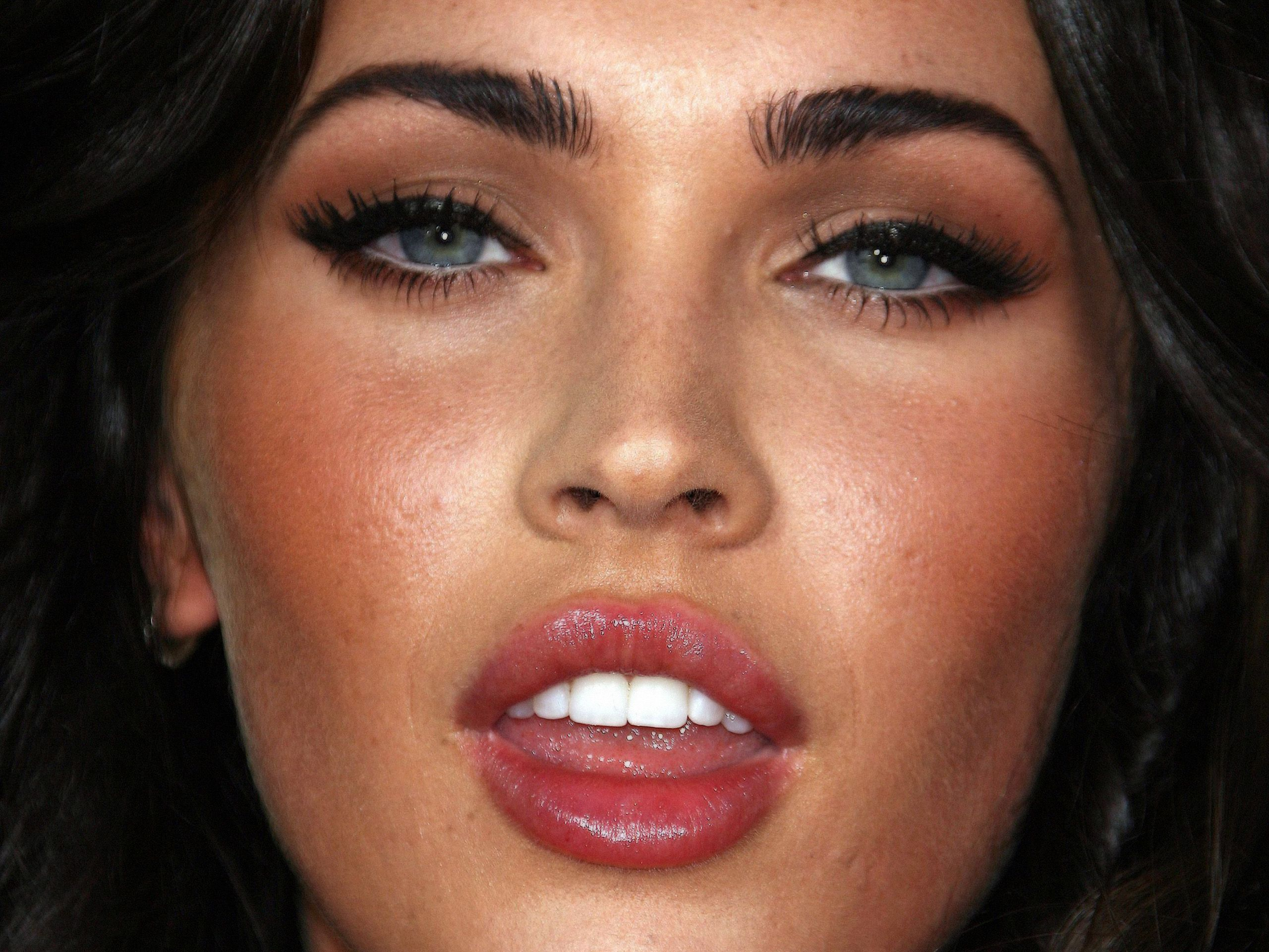 megan fox face текст