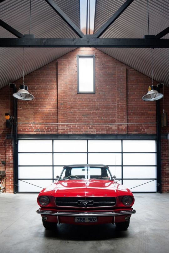 Vintage Ford Mustang / Water Factory