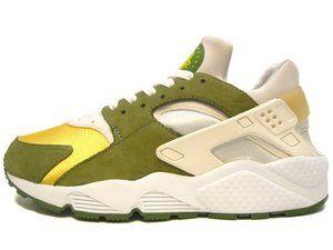 NIKE HUARACHE X STUSSY (2000)   Nike