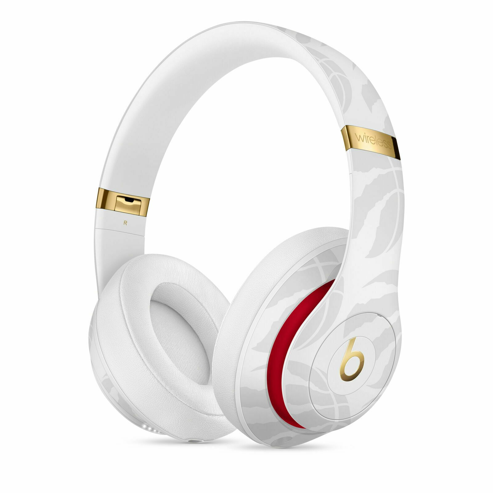 Beats By Dr Dre Studio3 Wireless Headphones Nba Collection Raptors White The Electronic Spot In 2020 Wireless Headphones Beats Headphones Wireless Headphones