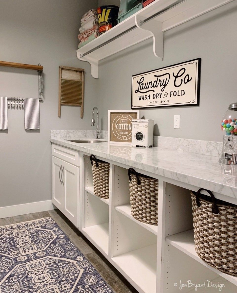 Farmhouse Laundry Room #laundryrooms Bright and beautiful laundry room by @jenbryantdesign - Our Metal La