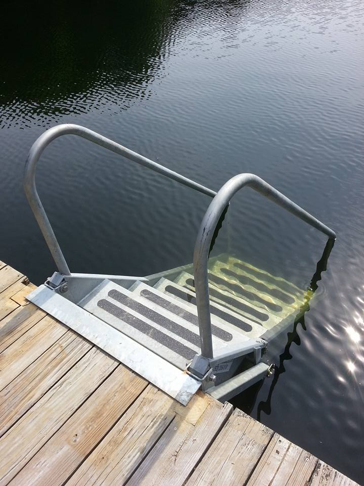 Fibersteel Boat Lifts Marine Products And Services From The Lake Of The Ozarks Dock Steps Dock Steps Lakefront Living House Boat