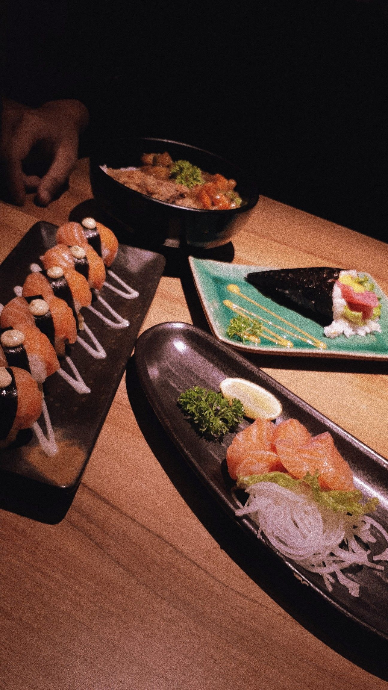 Sushi Set By Ichiban Sushi Yogyakarta Makanan Dan Minuman
