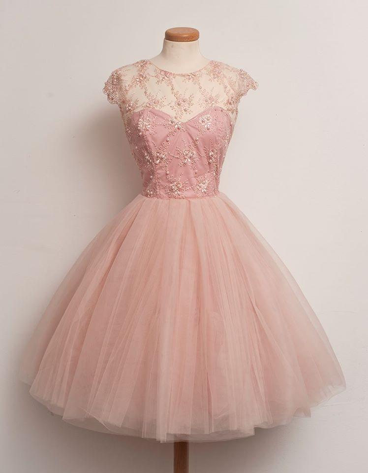 beautiful pink vintage dress | Schöne kleider, Kleider ...