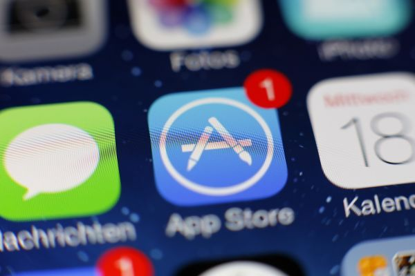Supreme Court appears skeptical of Apple's arguments in