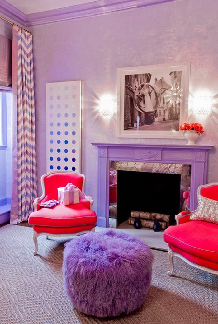 ide dco chambre violette chemine et fauteuils baroques
