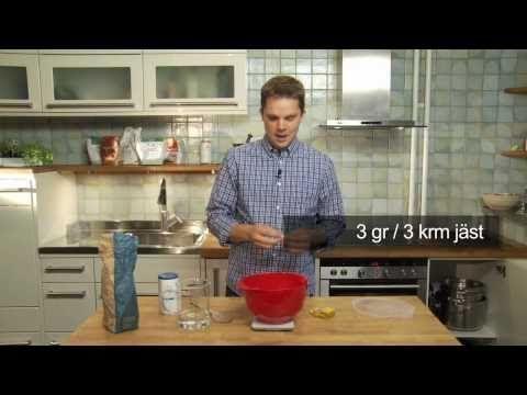 Bokus.com presenterar: Martin Johansson och Enklare bröd - YouTube
