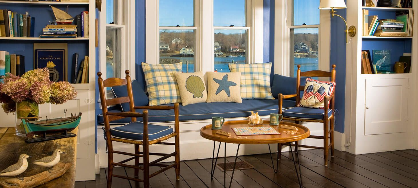 Dockside guest quarters sitting area in york me with